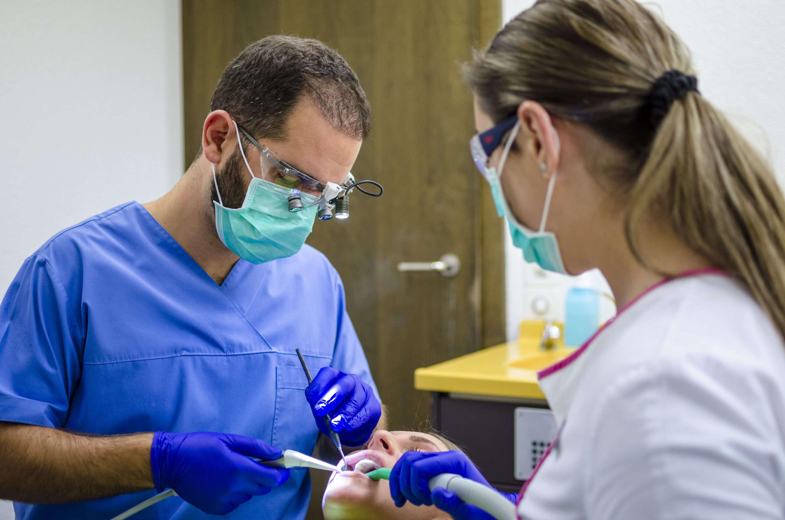 Zahnarzt in Bern